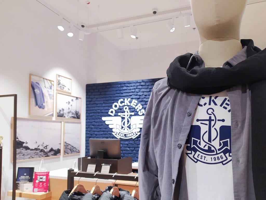 camisola com logo dockers