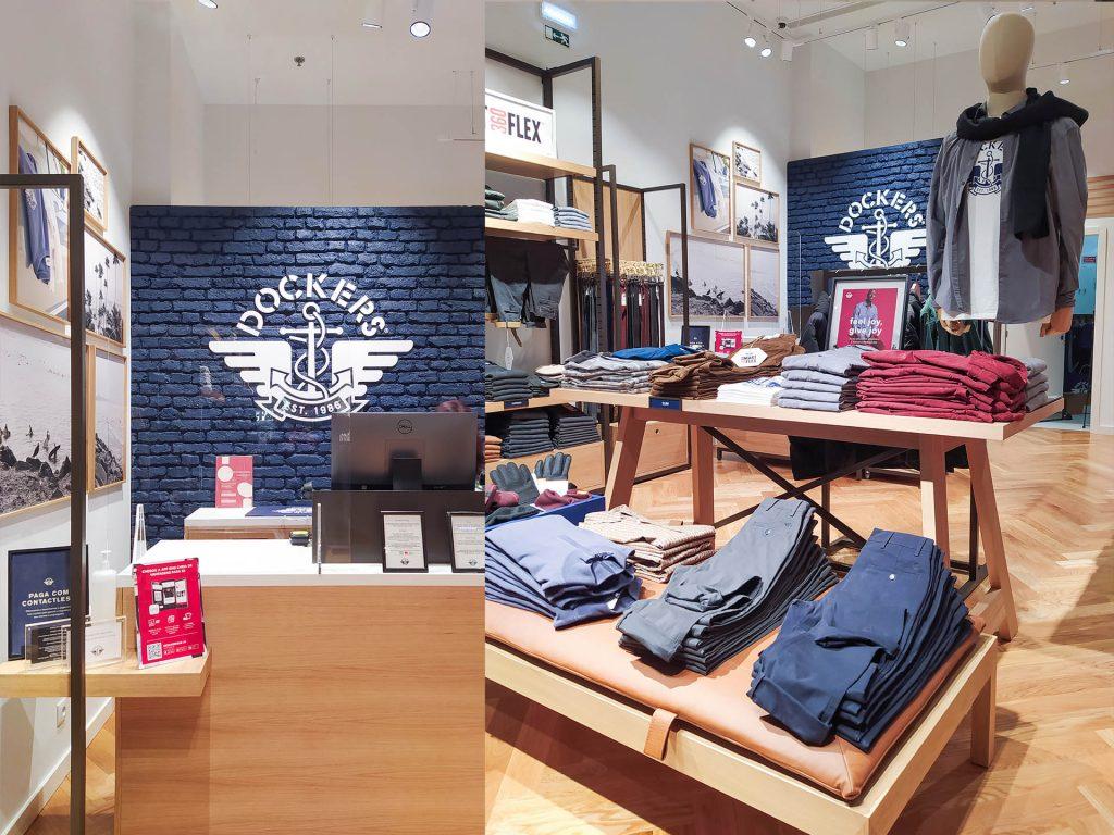interior loja com logo dockers
